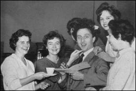 Ken Dodd Visits new branch at Blackpool 1964 MBM-Au64P13